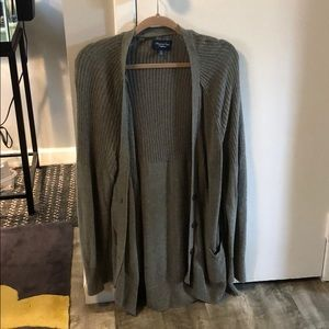 GREY AMERICAN EAGLE CARDIGAN WITH POCKETS SIZE XL